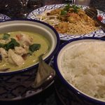 Pad Thai - Emerald Curry - White Rice