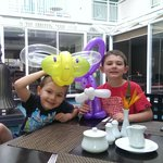 Kids got balloons at breakfast