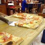 """Pizza integrale al metro """"primavera"""""""