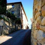 Strada del Borgo