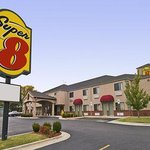 Super 8 Claremore OK
