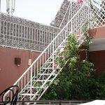 Escalier pour comptempler le ciel de jour