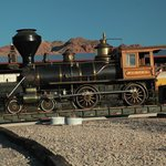 1875 4-4-0 Narrow Gauge Steam Engine Eureka Santa Christmas Train
