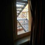 Aucune intimité obligée de fermer les rideaux