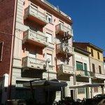 Hotel Katy from street