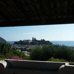 Panorama sul centro di Lipari dall'hotel