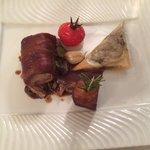Filet mignon de porc avec son samoussa de champignons. Dans le menu demi pension