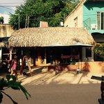 El Cavernikola - street view