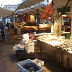 The fish market in thne early morning