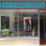 RED PROPELLER GALLERY