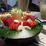 sashimi de atun, salmón y lubina