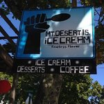 Photo de Mt. Desert Island Ice Cream