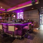 Le Baroque Restaurant - Le Bar