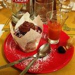 Muffin di castagna con crema al cioccolato e succo di cachi...
