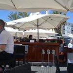 Old Navy outside bar
