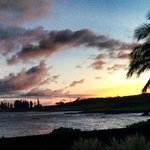 A sunset from the lanai