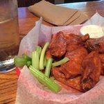 Best chicken wingssssss