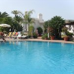 34c Hotel pool