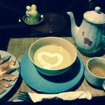 Cucumber soup and green tea