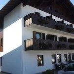 Front of Hotel Garni Savoy