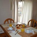 Desayuno en el apartamento