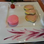 foie gras maison et son macaron