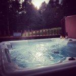 Hot Tub Golden Oak Hideaway