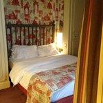Hotel Room, Room 505