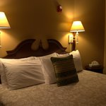 Very Comfortable King Bed with perfect lighting