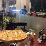 La Cucina grande seafood pizza