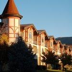 Cottages at Zermatt Resort