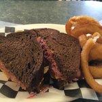 Rubin Sandwich with onion rings