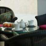 Kaffee und Kuchen im Wintergarten