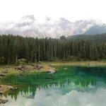 カレッツア湖畔 ラテマール山