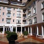 Hôtel Bristol - le patio