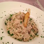 Risotto with truffles and porcini mushrooms flavor