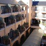 Garden Court - Courtyard View