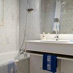 Bathroom in Mesange Bleu