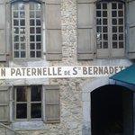 Insegna della casa di Bernardette