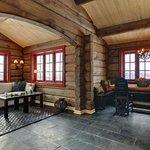 Snowman Lodge