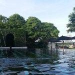 hotels main pool