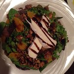 Brie salad with candied walnuts, figs & oranges ��