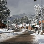 Ruidoso Midtown District.  Walk to shops, restaurants, galleries, and lounges!