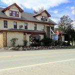 Front of Inn on Rt 30