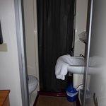Cabine douche-WC-lavabo