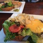 Wag burger