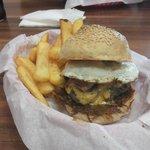 Piwy's Burger