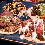 Tres tacos... Excellent!