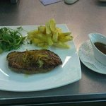 Duck breast with honey and ginger sauce