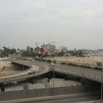 Vista do museu para a ponte da ilha de Luanda